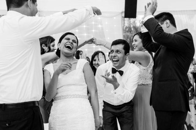 lucia-and-fer-wedding-photography-lima-peru (26)