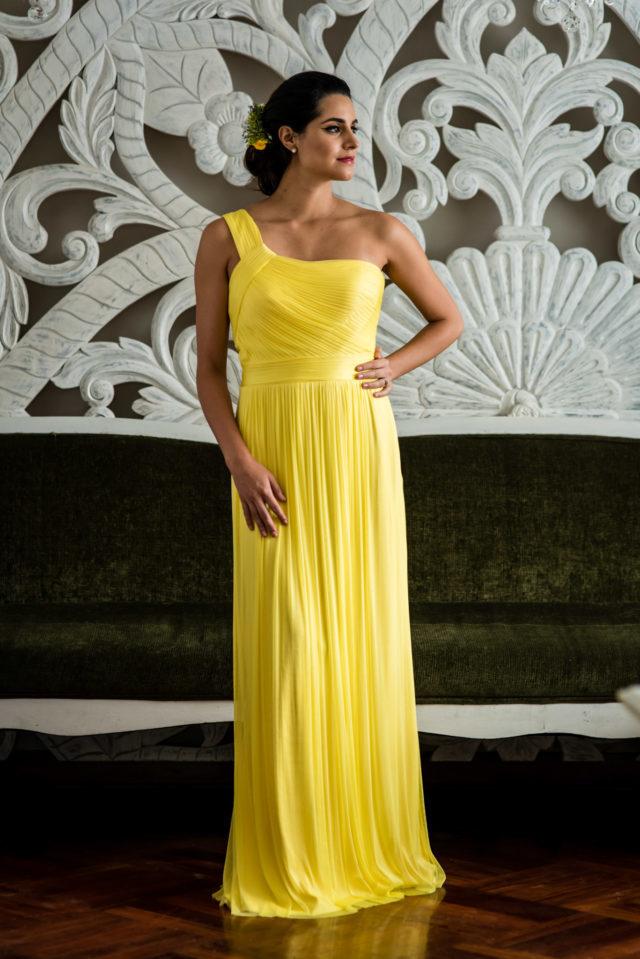 vestido amarillo de invitada de matrimonio
