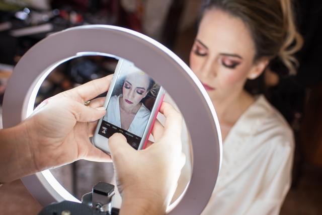 maquillaje de la novia en su boda religiosa