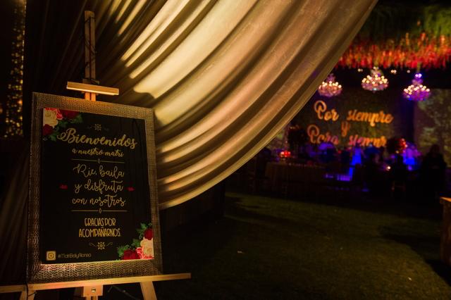 cartel de bienvenida de la boda