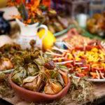 Walking Dinner o Mini Porciones: Una opción Diferente de Buffet  Para Tu Boda