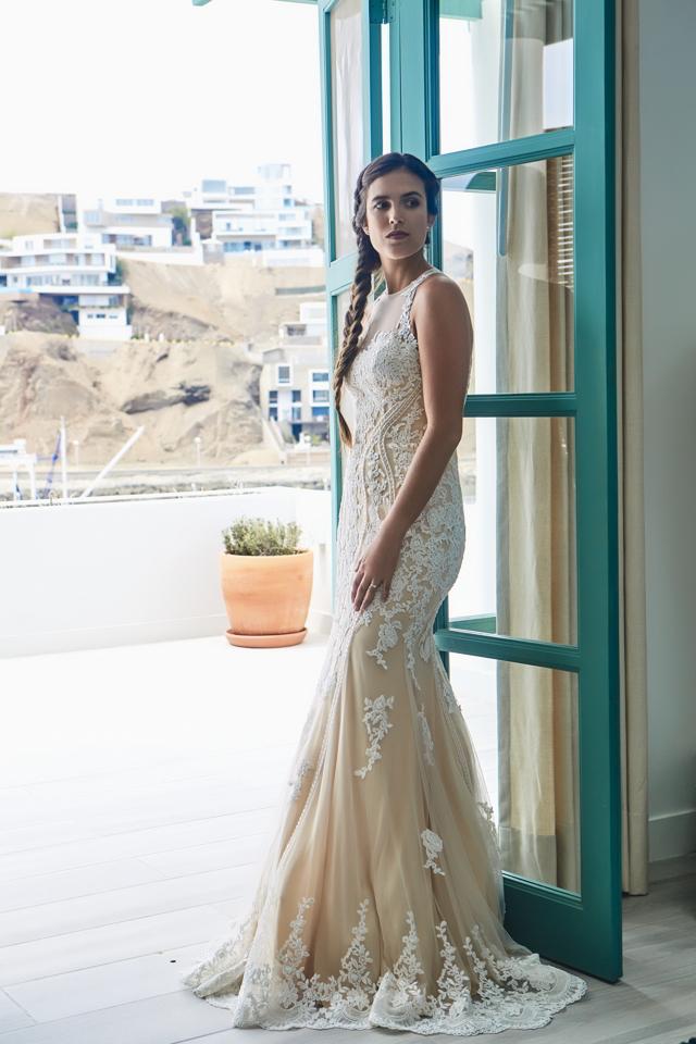 vestido de la colección fina de luna blanco