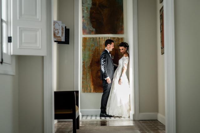 Novios en sesión post-boda