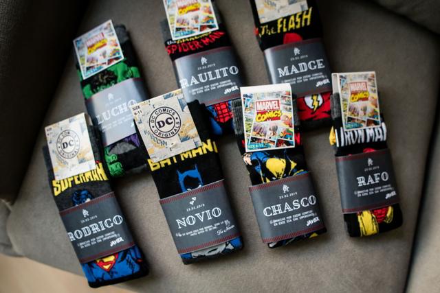 corbatas de super héroes para el novio y su cortejo