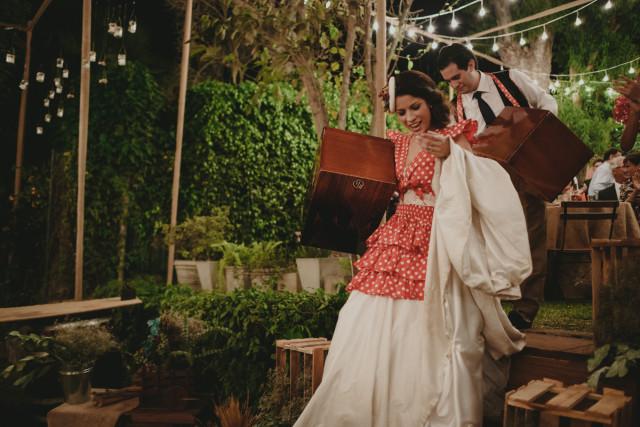 mariale-y-fernando bailando festejo en su boda
