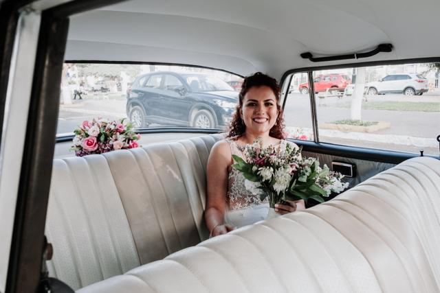 novia en el carro nupcial