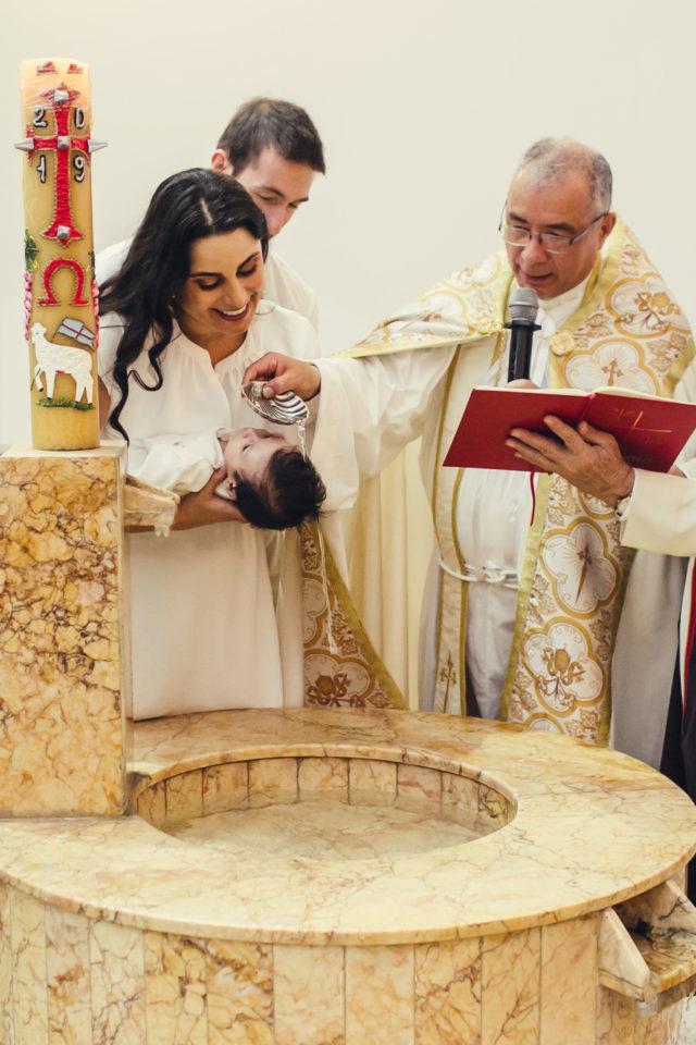 bautizando a lucas